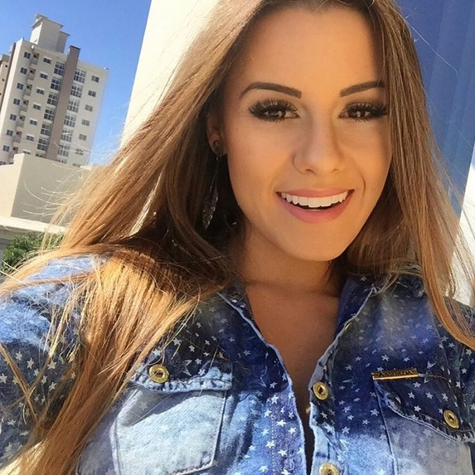 A bela  Aricia Silva