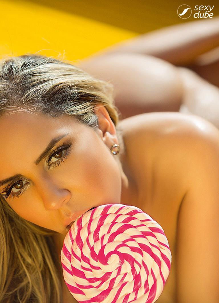 mulher melão nua