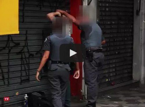 grafitando na frente da policia