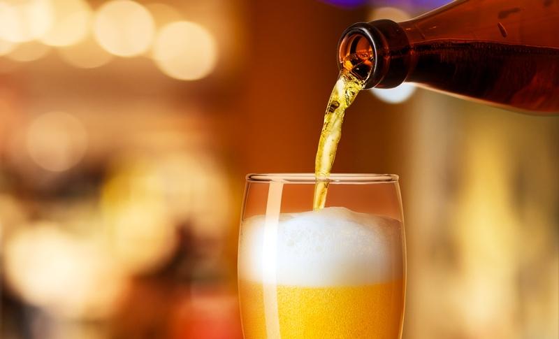 Beber cerveja deixa os homens melhores na cama