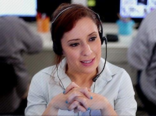atendente de telemarketing safadinha