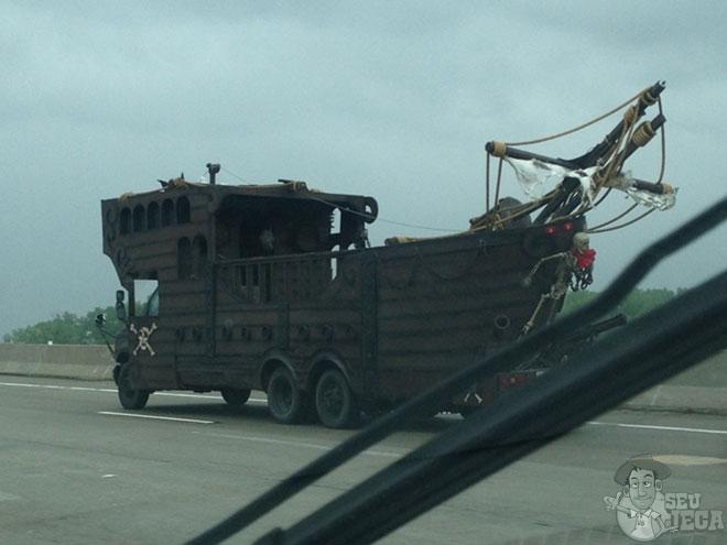 Caminhão pirata