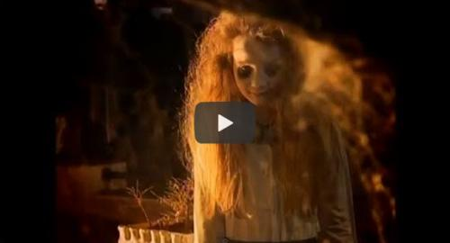 menina fantasma
